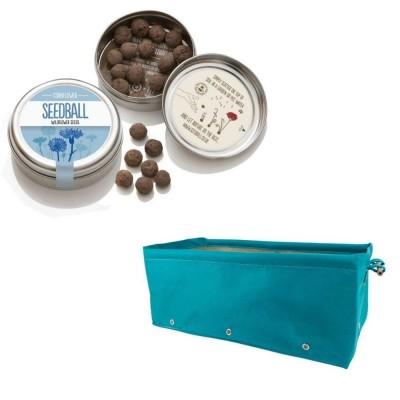 """Grazioso kit regalo con 1 Seedball """"Fiordaliso"""" e 1 fioriera in tessuto Bloembagz azzurra"""